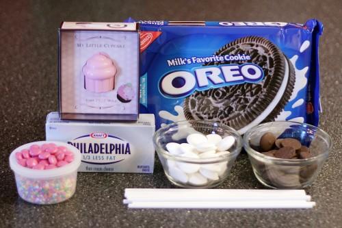 making-cupcake-pops-500x333